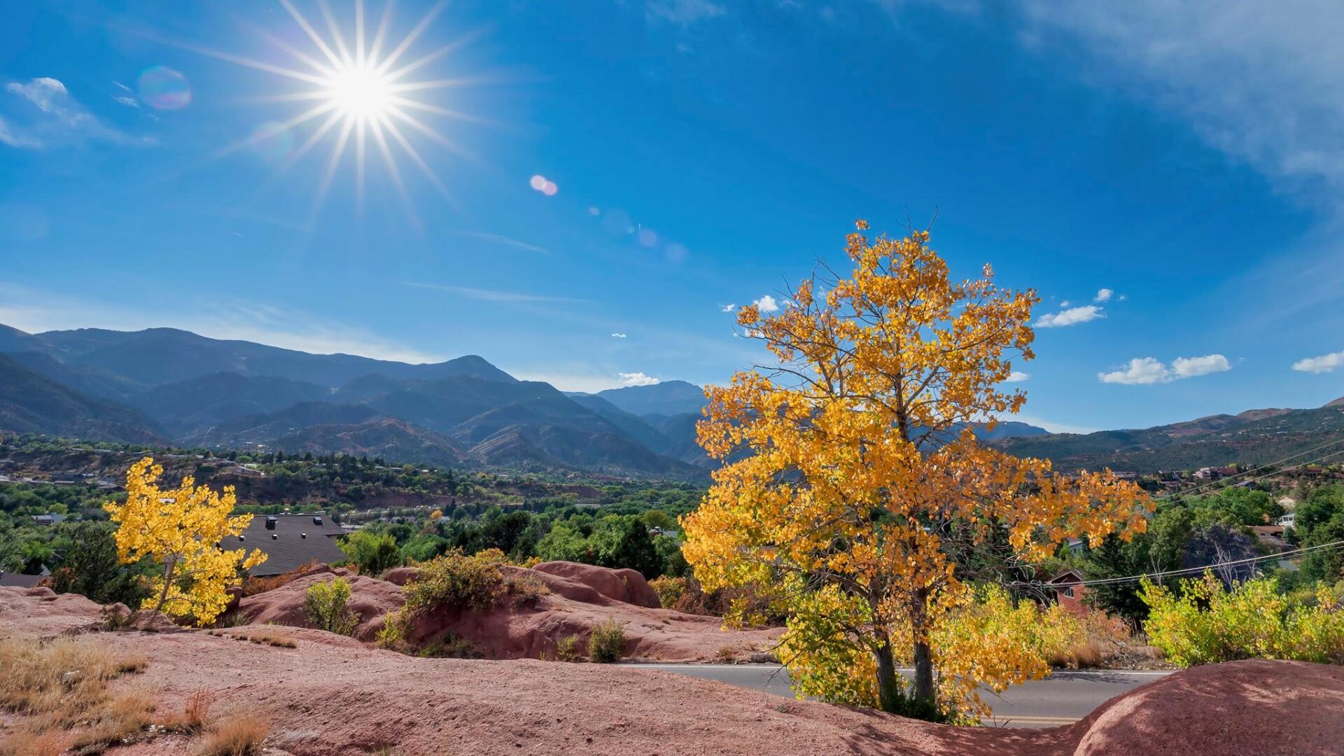 2Colorado Springs Larry Marr.jpg