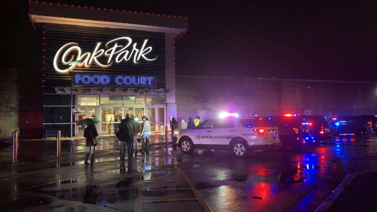 Oak Park Mall report of shots fired Dec 26 2018