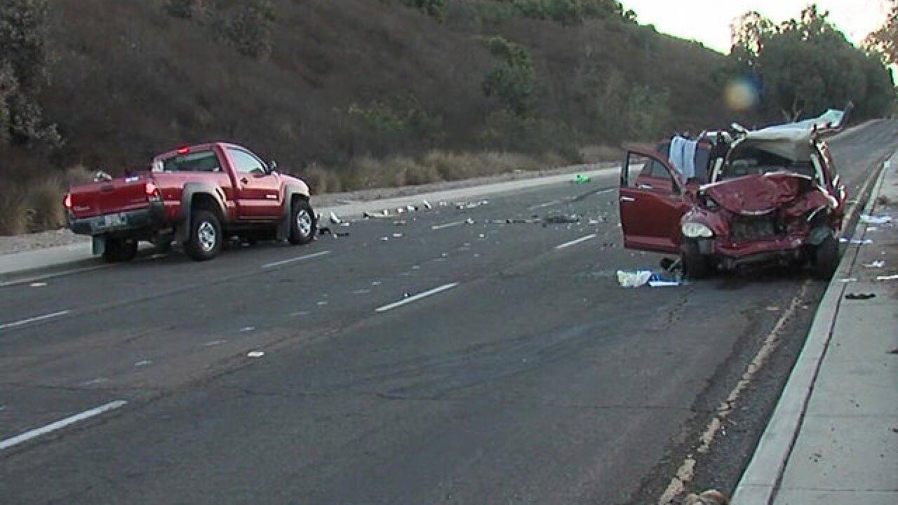 2 drivers injured in Tierrasanta wrong-way crash
