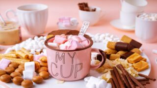 How To Make A Hot Cocoa Charcuterie Board