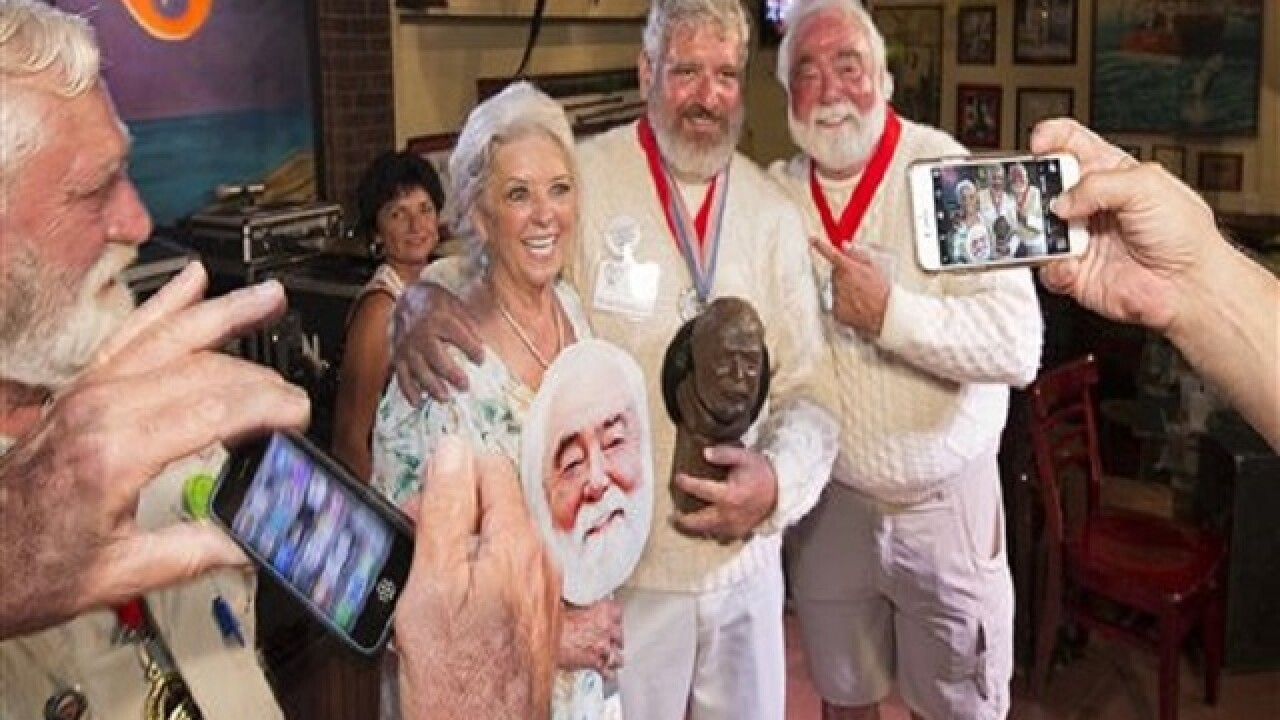 Man named Hemingway wins look-alike contest in Key West
