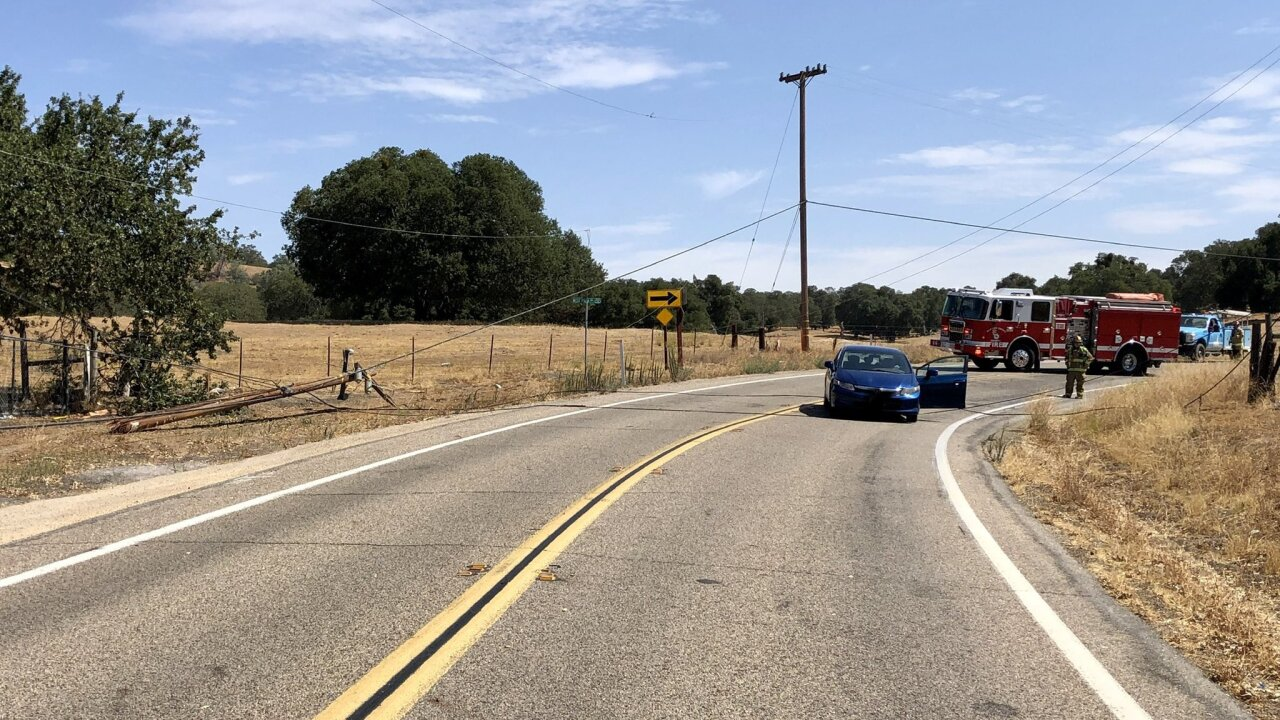 Car crash lead to power outages in Santa Margarita