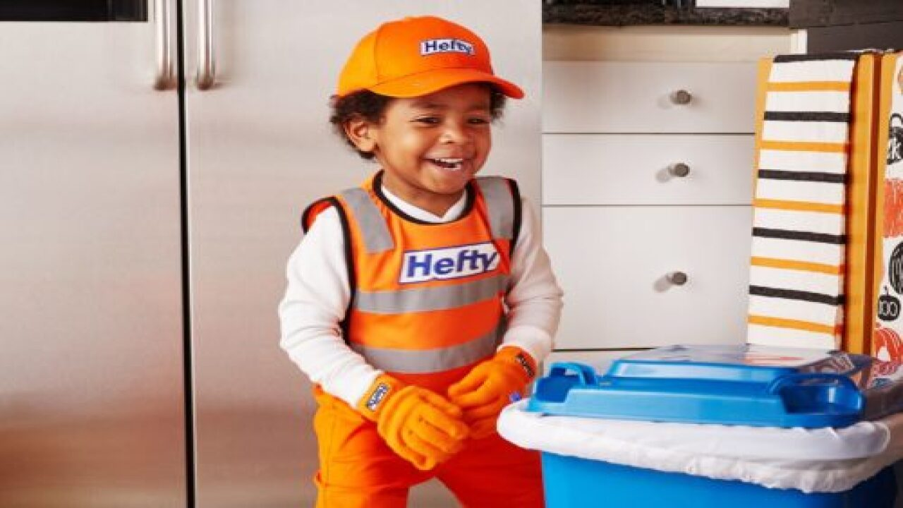 Cute Garbage Collector Halloween Costume Is Only $5
