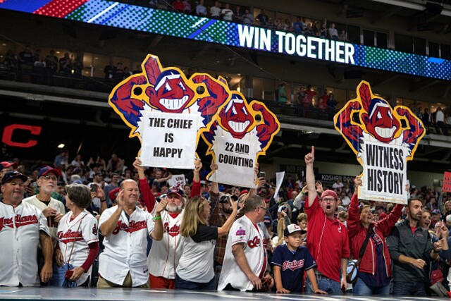 PHOTOS: Highlights from the Indians walk-off win against the Royals, extending to 22-straight wins