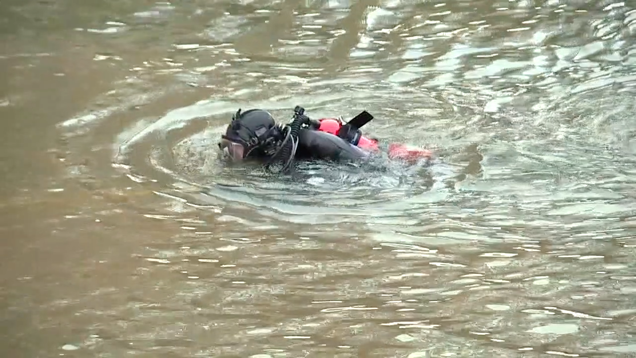WCPO ohio river diver.png