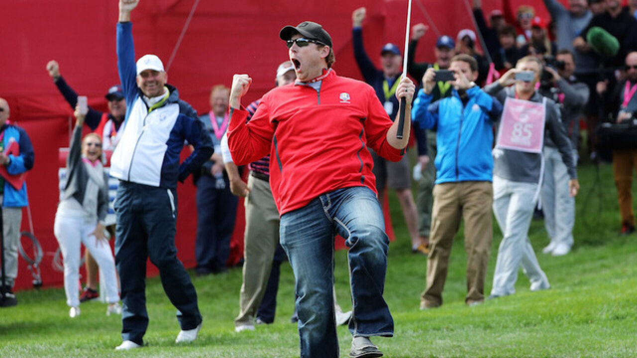 Watch: Golf heckler wins $100 off pro at Ryder Cup