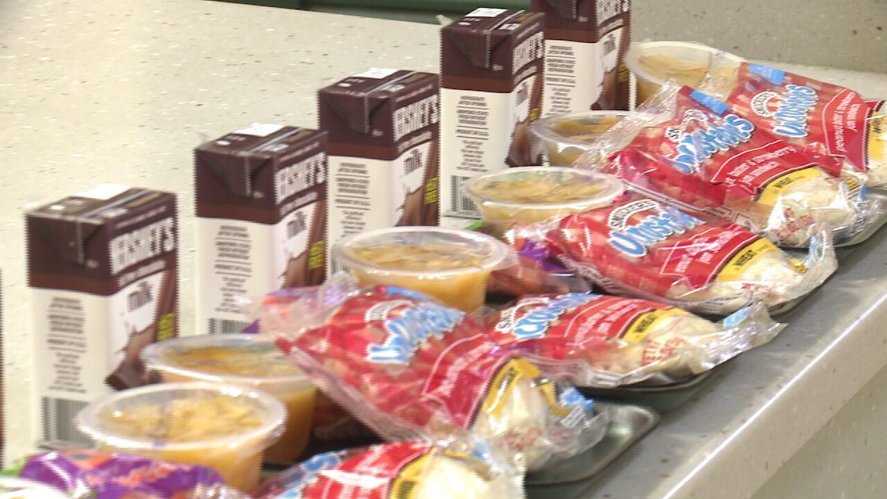 Norfolk Public Schools serves free lunch to students during winterbreak