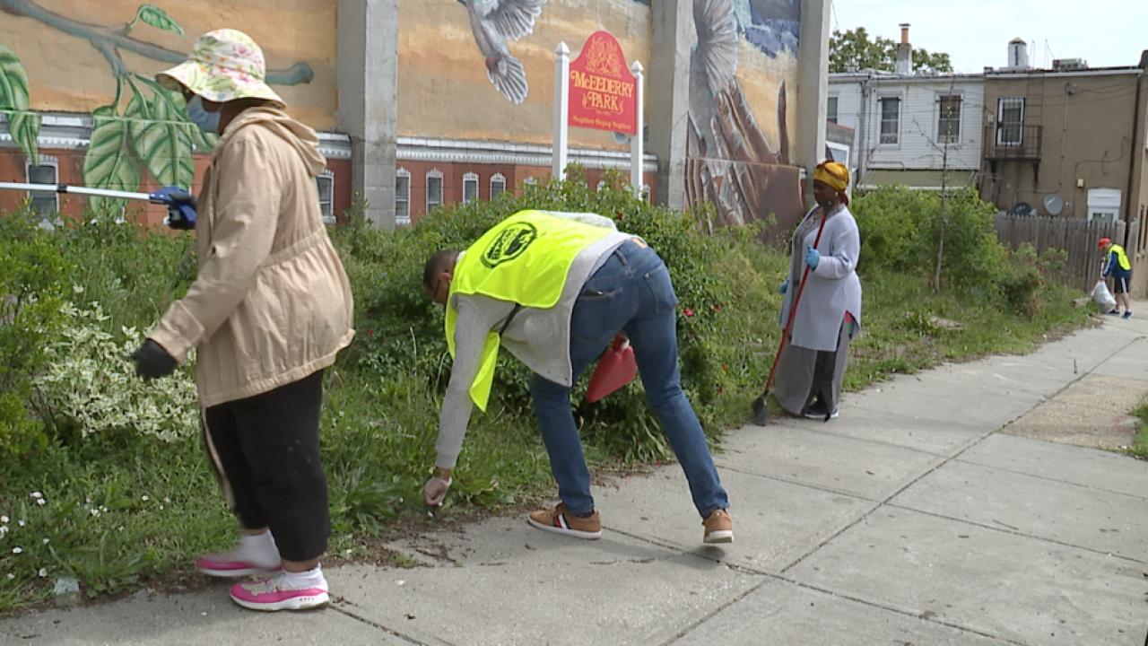 Weekly community cleanups helps reduce trash in East Baltimore neighborhood
