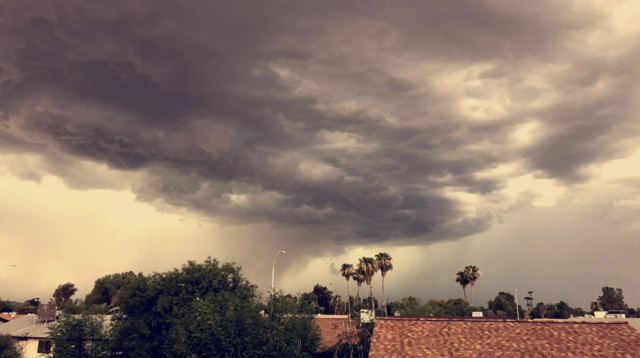 Phoenix monsoon: Severe storm across Valley Thursday