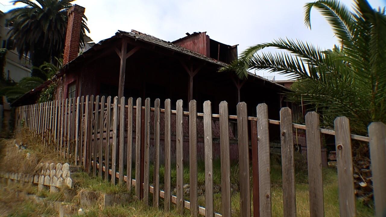 pic-lj cottage.jpg