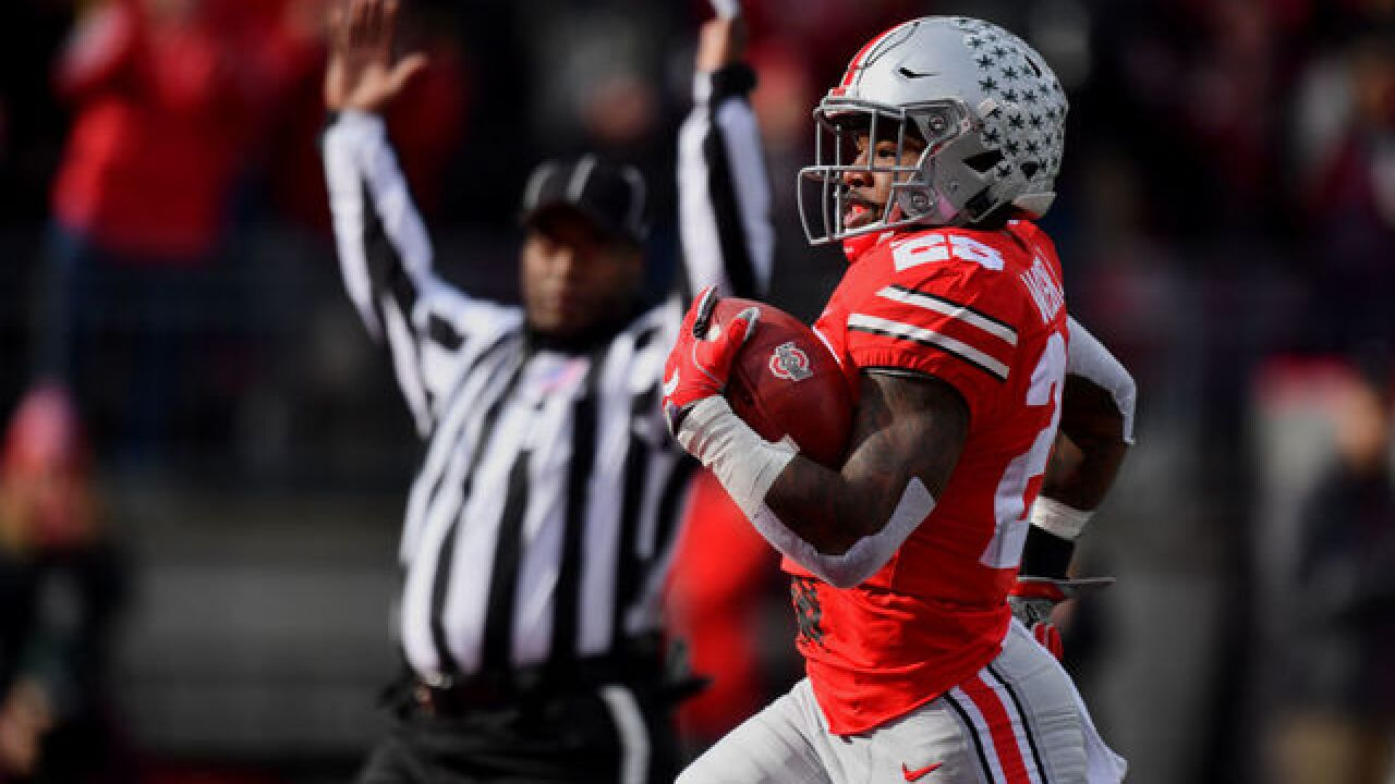 No. 11 Ohio State rebounds, routs No. 13 Michigan St 48-3