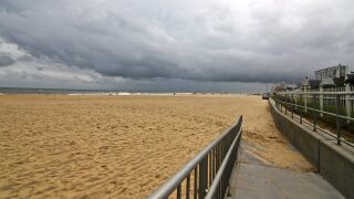 Virginia Beach votes in favor of imposing $250 fine for putting up a tent on thebeach