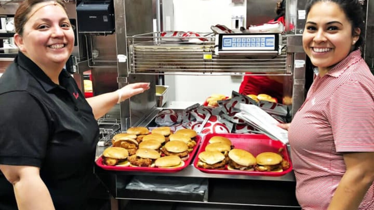 After mass shooting, Texas Chick-fil-A employees stayed late to feed first responders