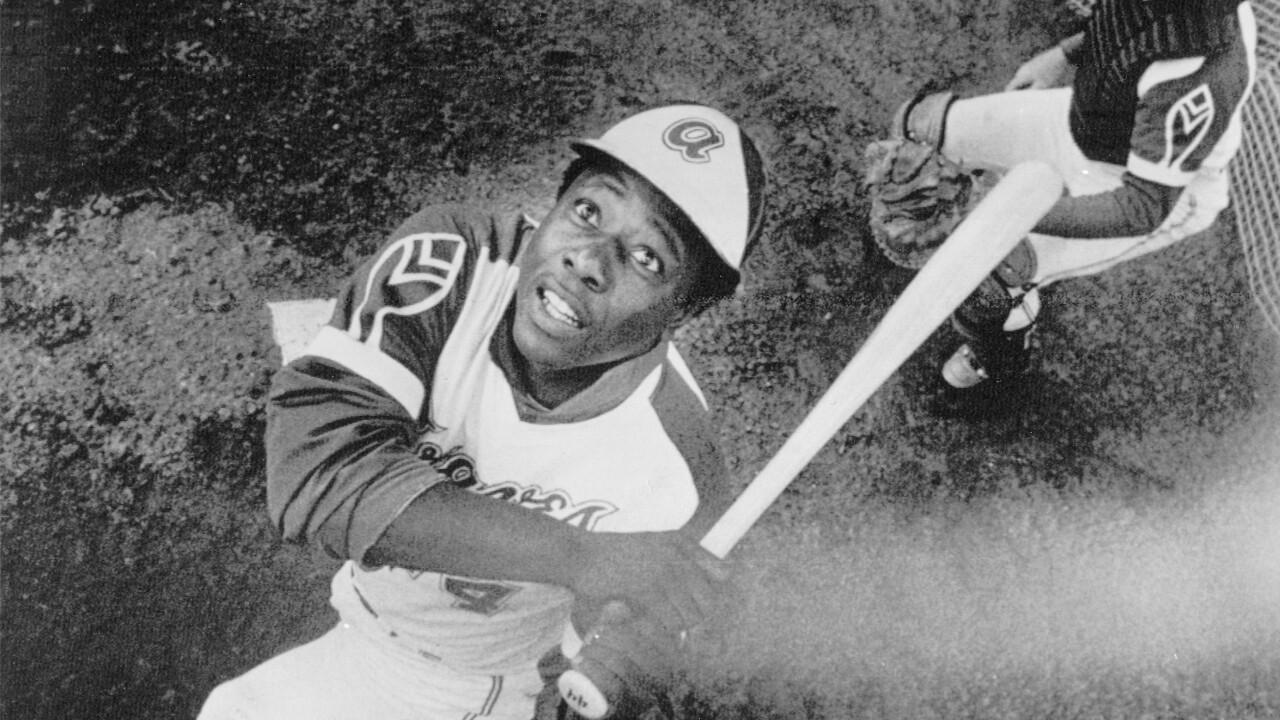 Hank Aaron batting