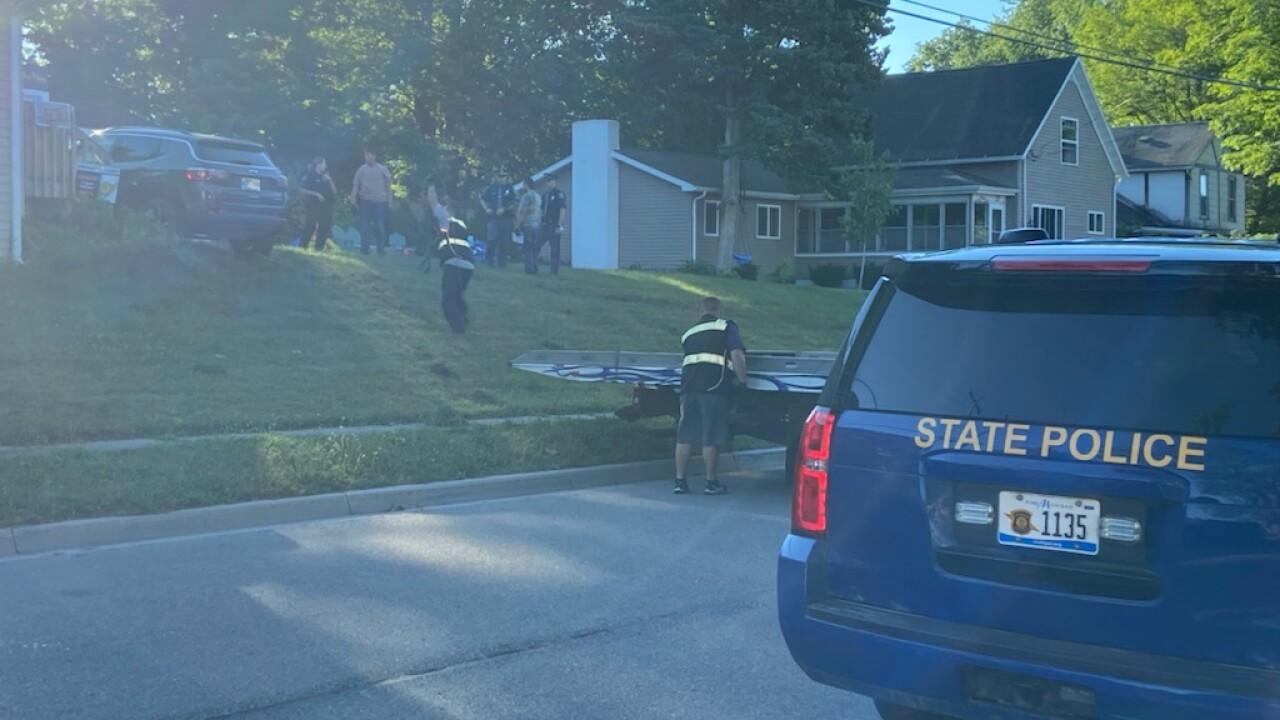 Grand Ledge Manhunt After Crash at Local Home