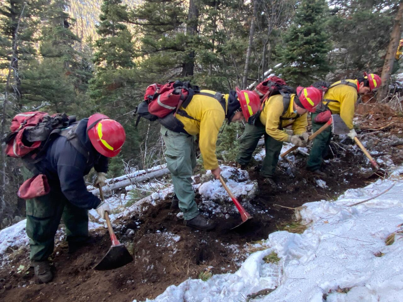 Cameron Peak Fire_digging trenches