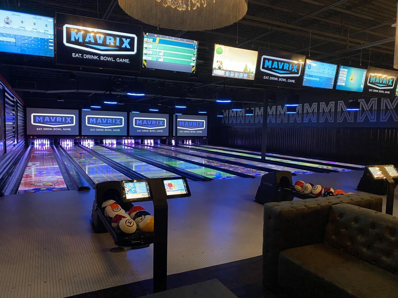 Mavrix Spark Bowling