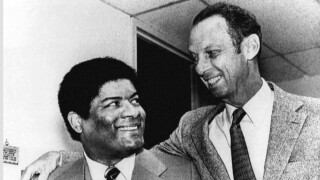 Wes Unseld, Abe Polling