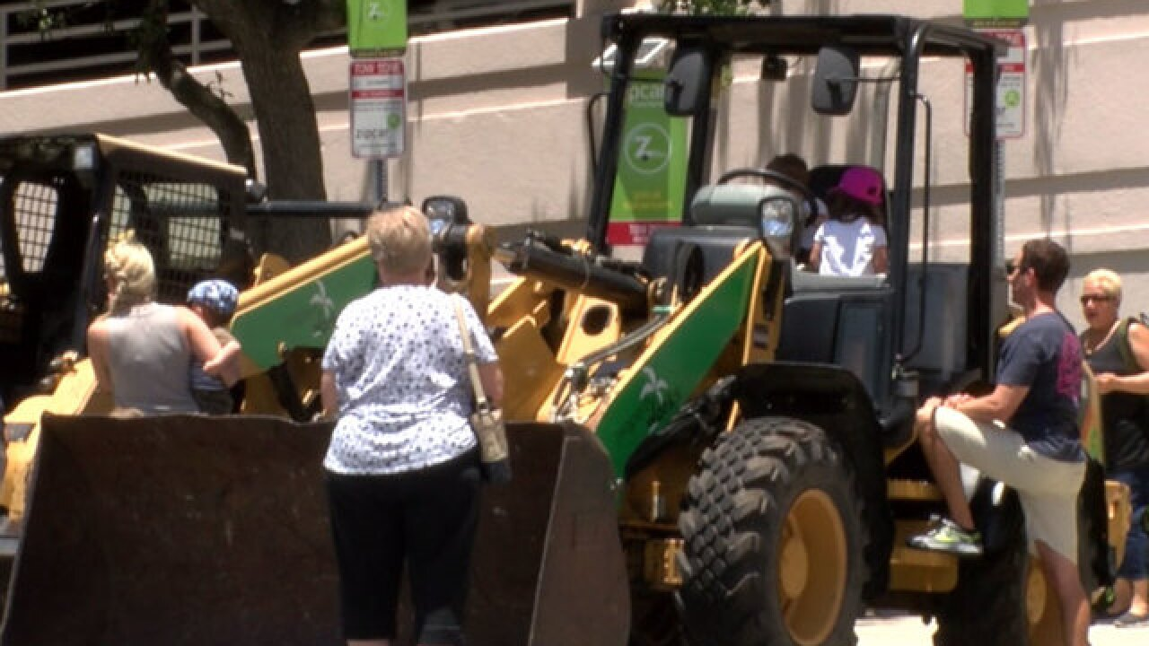 Families enjoy 'Trucktopia' in West Palm Beach