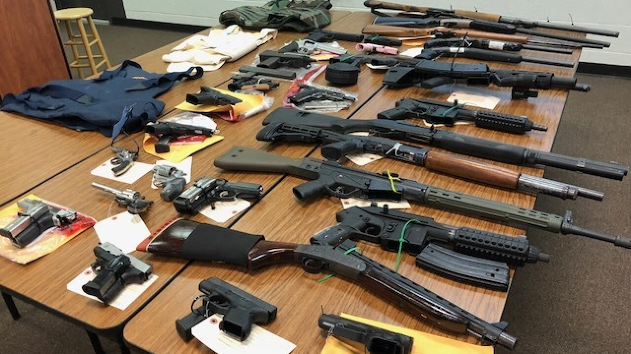 11 people indicted for gun trafficking