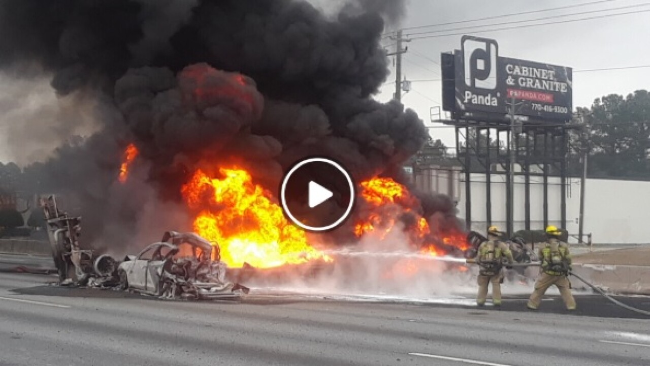 Police: 2 dead in fiery I-85 crash near Atlanta
