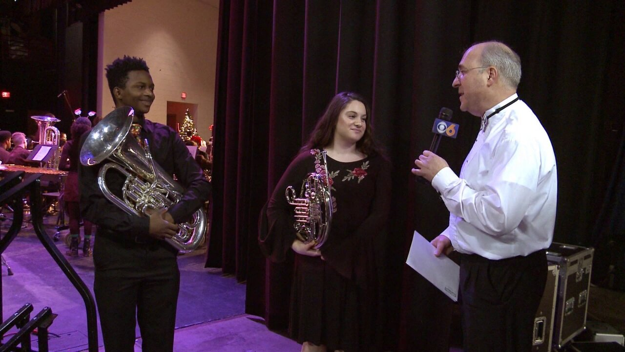Mike Goldberg surprises students with Central Virginia WindSymphony