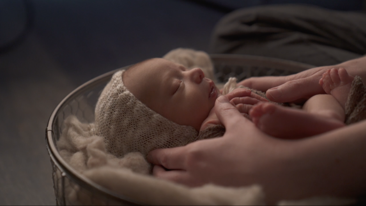 Photographing newborns poses potential risks