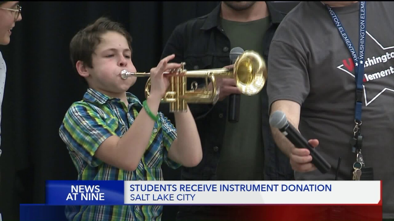 Utah elementary students get instrument donation