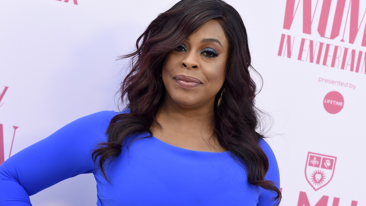Niecy Nash surprises with wedding to singer Jessica Betts