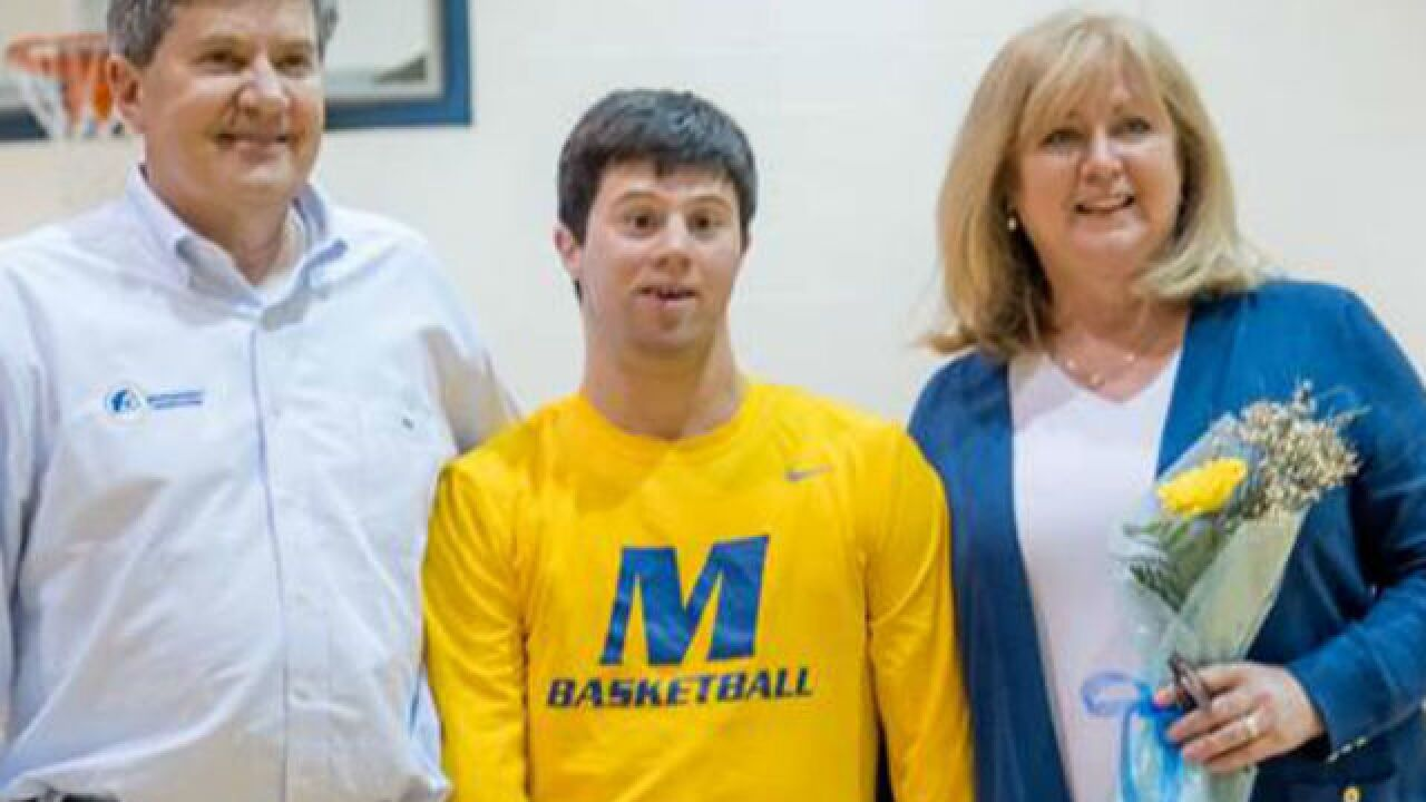 Mariemont's Scott Holland hits nothing but net on memorable Senior Night