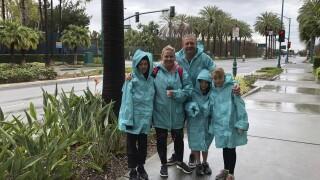 Virus Outbreak-Disneyland