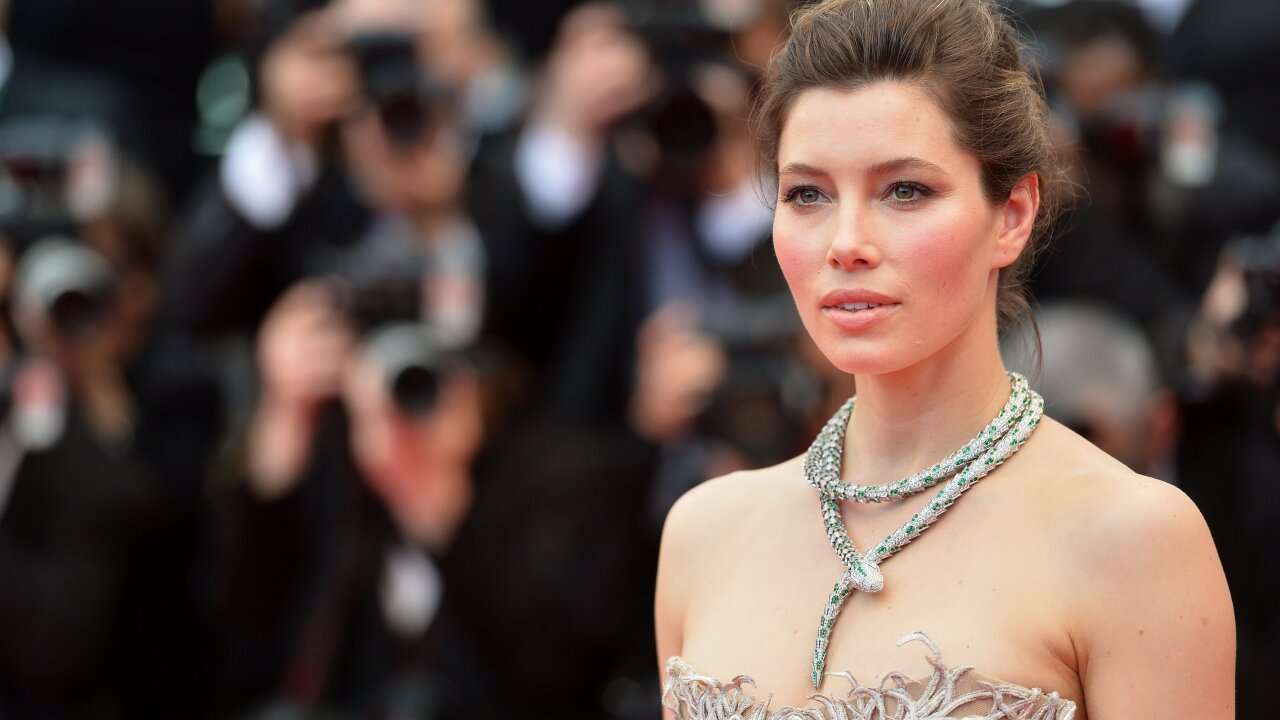 Jessica Biel says she's not against vaccinations
