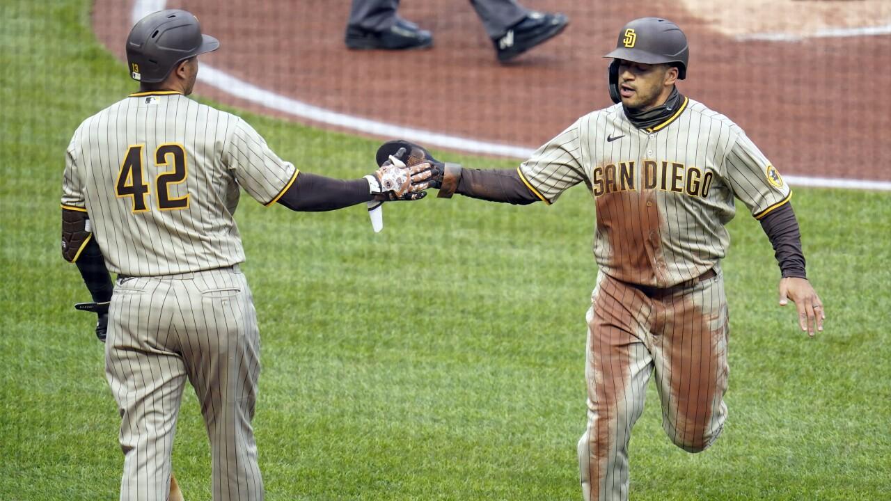 Padres Pirates Baseball
