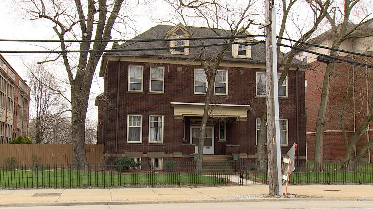 EDNA HOUSE 2.jpg
