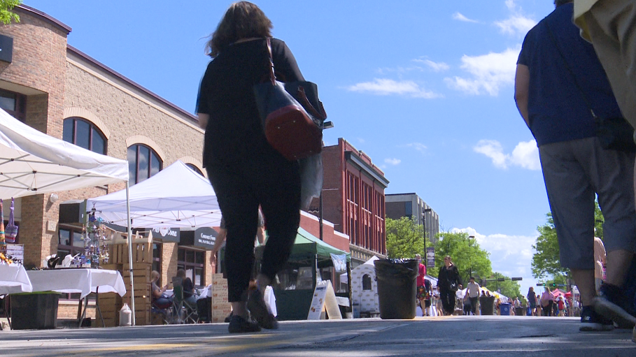 Farmers' Market on Broadway kicks off for the season