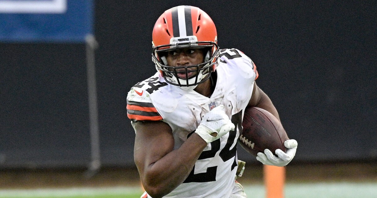 Browns RB Nick Chubb nominated for 2020 Art Rooney Sportsmanship Award