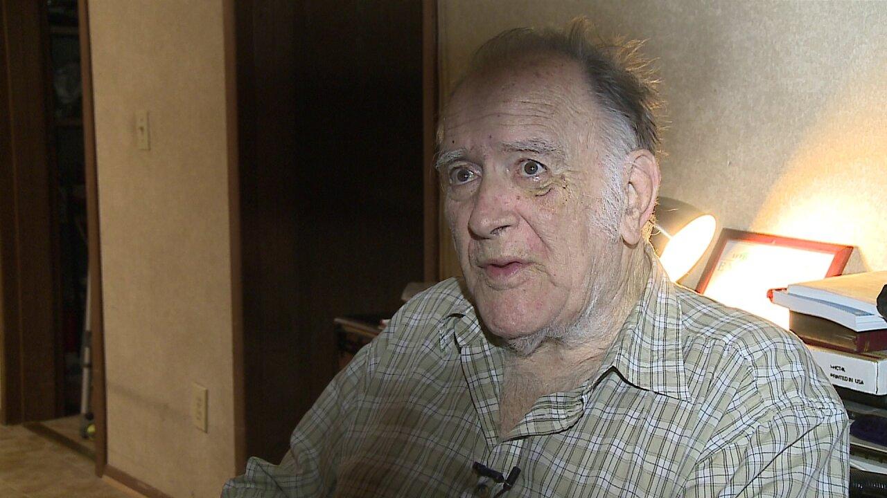 Robber throws senior citizen out of wheelchair, steals rentmoney