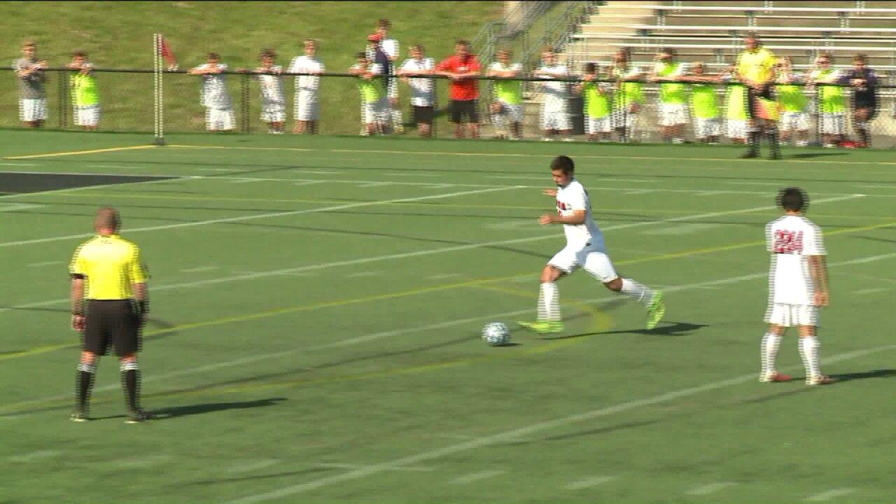 Godwin boys advance, Deep Run girls fall in soccersemifinals
