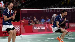 South Korea outlasts Japan to score badminton women's doubles semifinal berth
