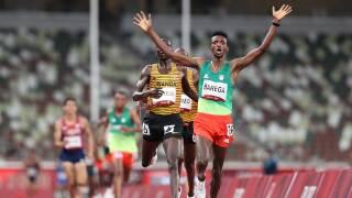Barega shocks Cheptegei for 10K gold, first Tokyo track medal