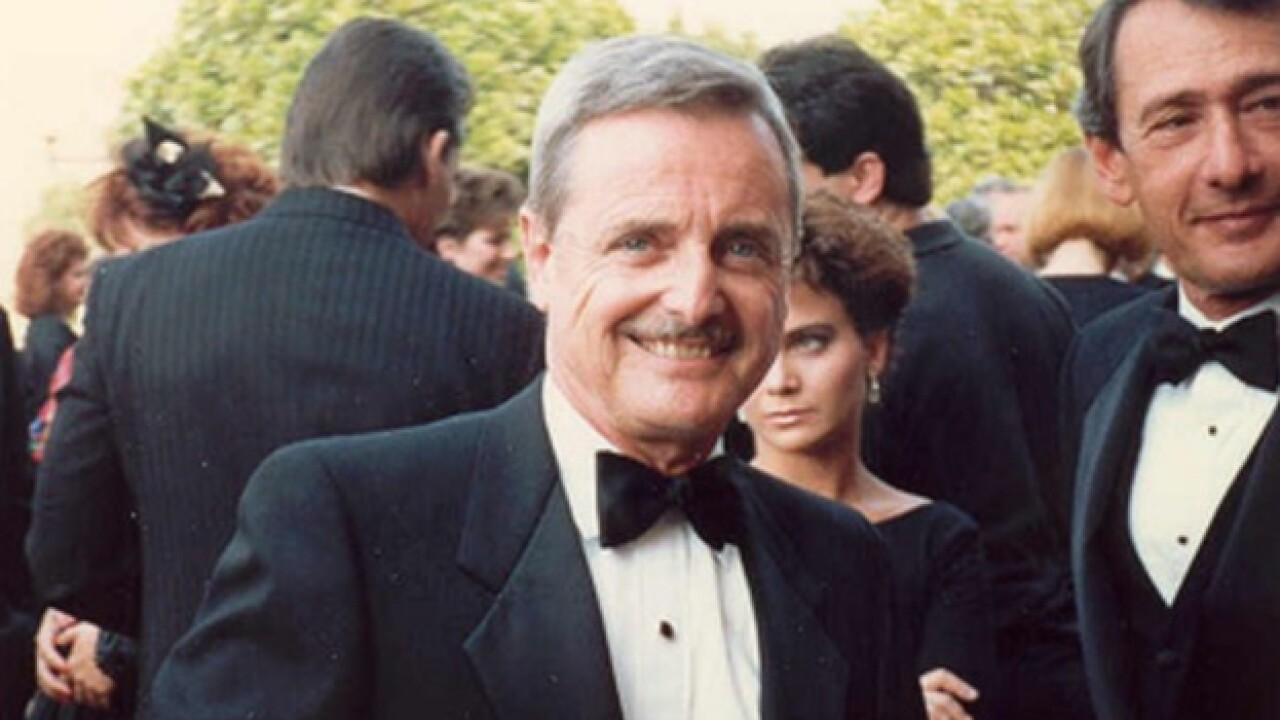 Actor who played Mr. Feeny on 'Boy Meets World' thwarts burglary