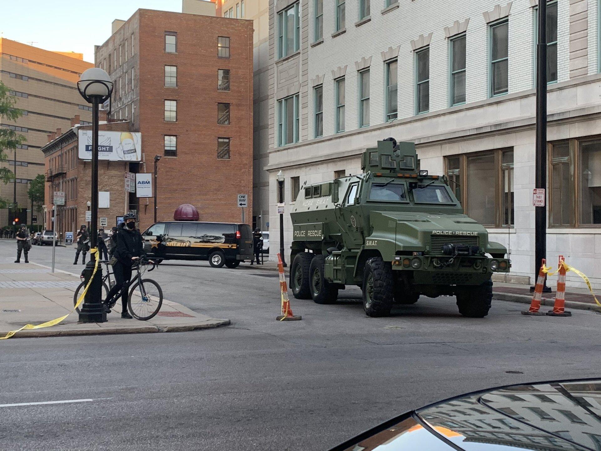 WCPO swat vehicle courthouse courtney.jpeg