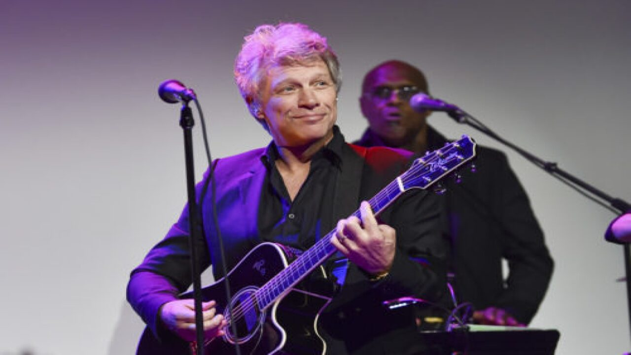 Chicagoans Came Together To Sing 'Livin On A Prayer' From Windows And Balconies And Jon Bon Jovi Joined In Via Instagram