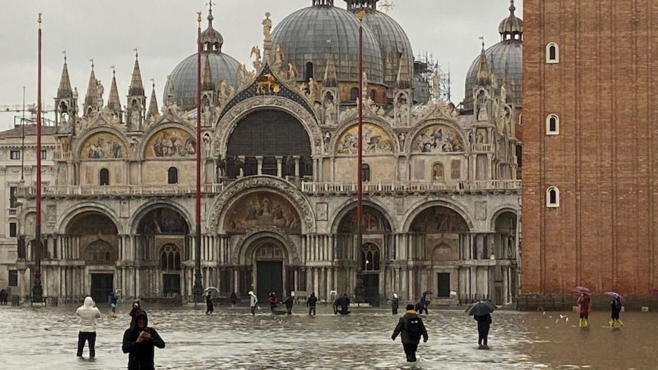 Venice, Italy experiencing worst floods in 50 years; landmarks and artwork damaged
