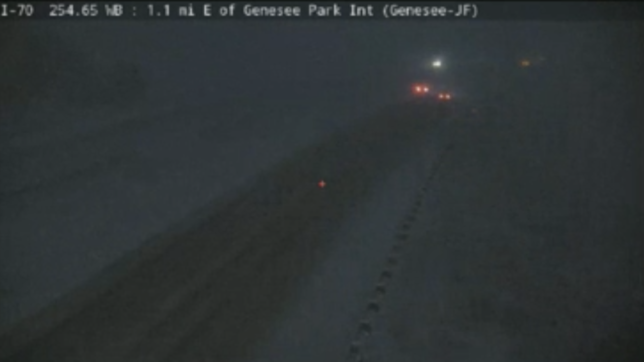 westbound i-70 closed at eisenhower tunnel_oct 23 2019.png