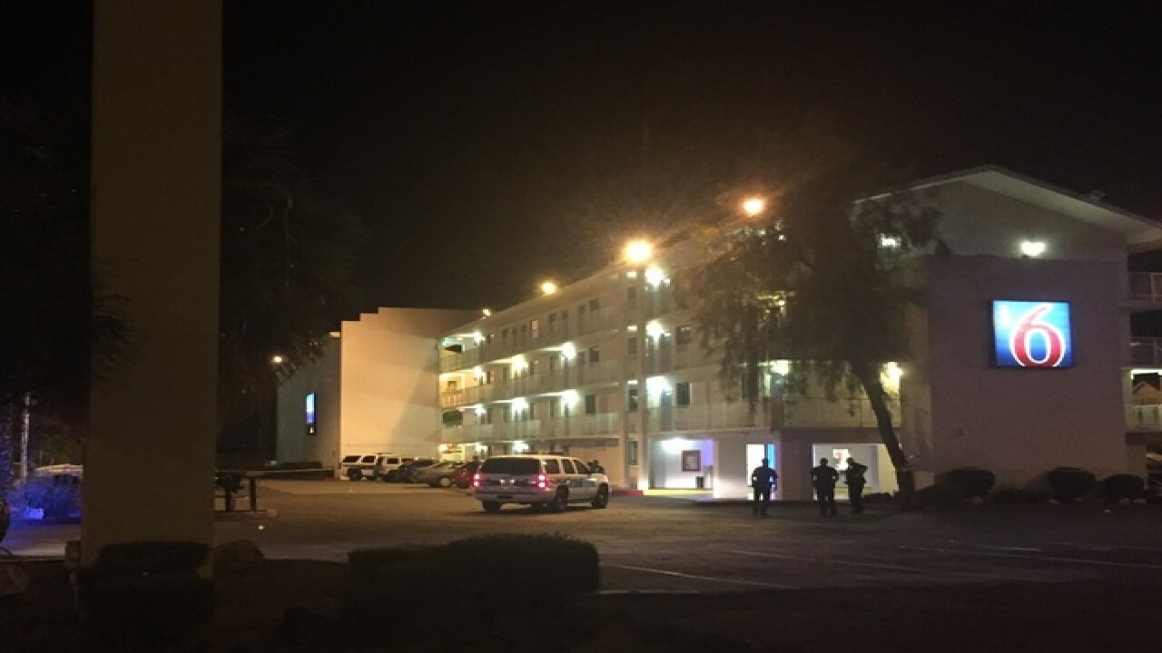 PHX FD: 5 injured in hotel shooting