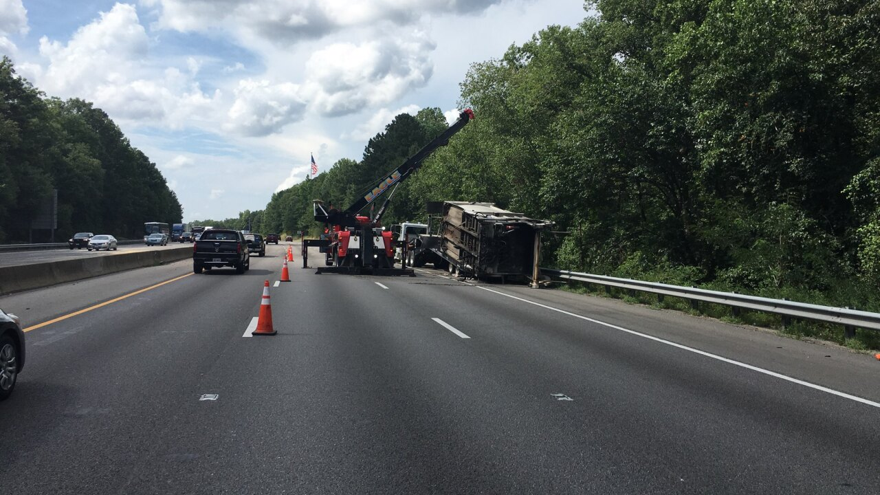 Trash truck blows tire, spills load on I-95 inChesterfield