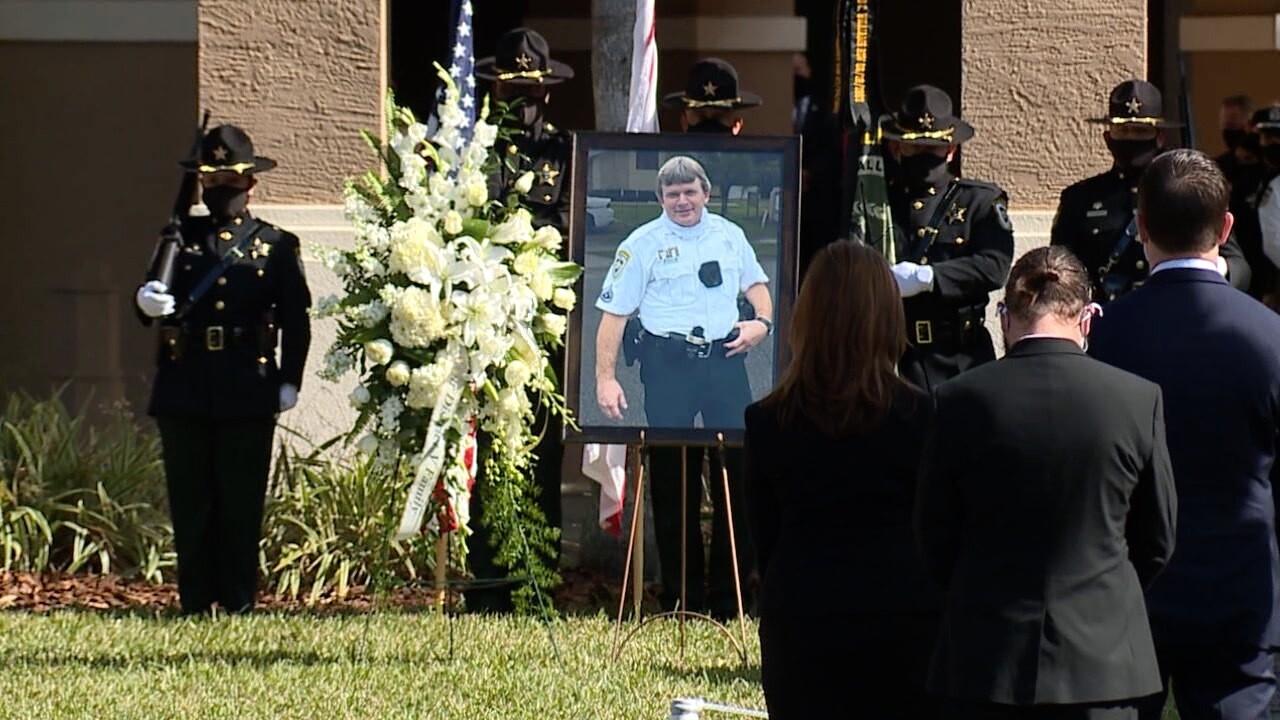 hillsborough deputy funeral3.jpg