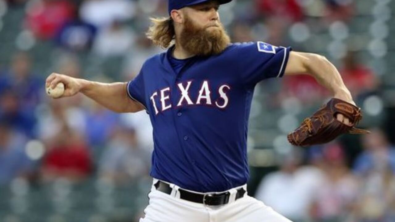 Orioles sign RHP Cashner to two-year deal