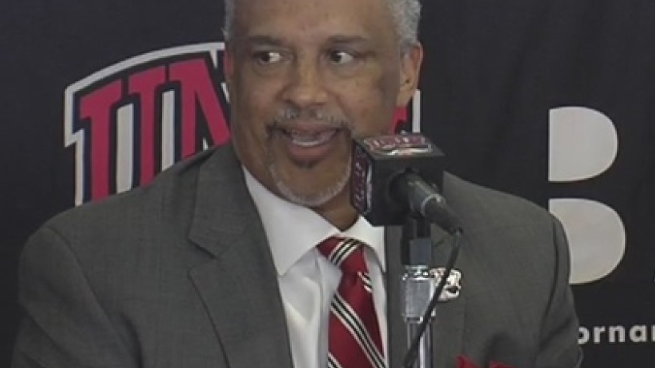 UNLV Coach Menzies.PNG